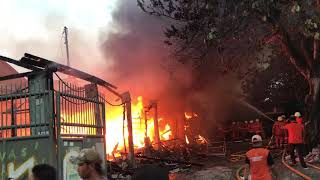 Kebakaran Api Besar Srengseng Jakarta Barat 7 Mobil Pemadam