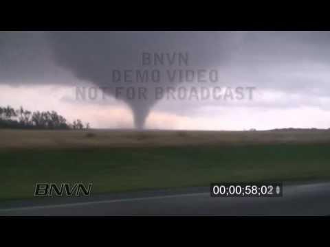 4/26/2009 Roll, OK Tornado Video.