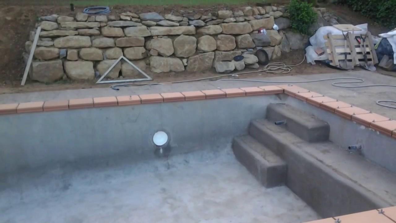 Construcci n de una piscina de hormig n proyectado youtube for Piscina hormigon proyectado