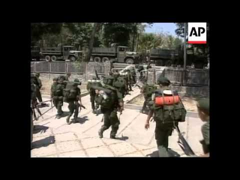 EAST TIMOR: INDONESIAN TROOPS PREPARE TO LEAVE