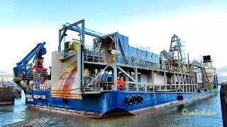 cable layer TOPAZ INSTALLER J8B2641 IMO 9199854 Emden seaship Kabelleger Seeschiff