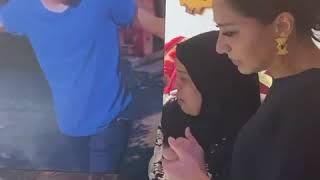 """بسمة وهبة تزور والدة """"شهيد الشهامة"""" محمود البنا.. وأمه: عايزه حق ابنى (فيديو)"""