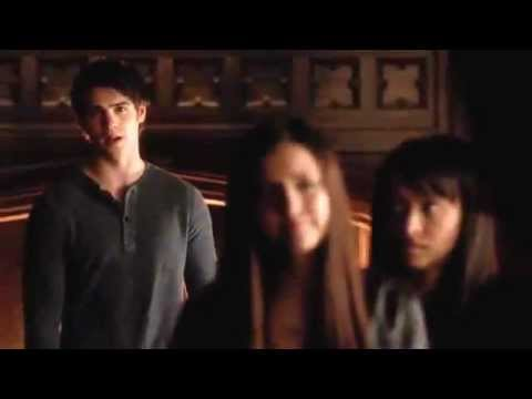 Vampire Diaries season 4 episode 12 - Damon tells Elena about Stefan, and Jeremy's tattoo grows