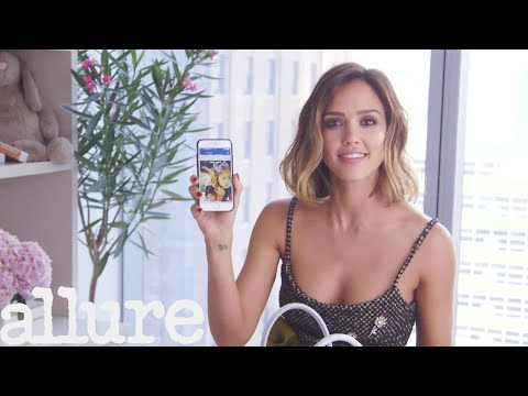 Jessica Alba Shows Us What's In Her Bag | Allure