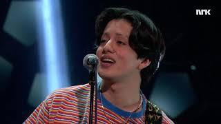 Live hos Lindmo: Boy Pablo - «Losing you»