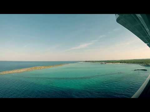 Docking at Castaway Cay - Disney Dream 2017 - Time-lapse