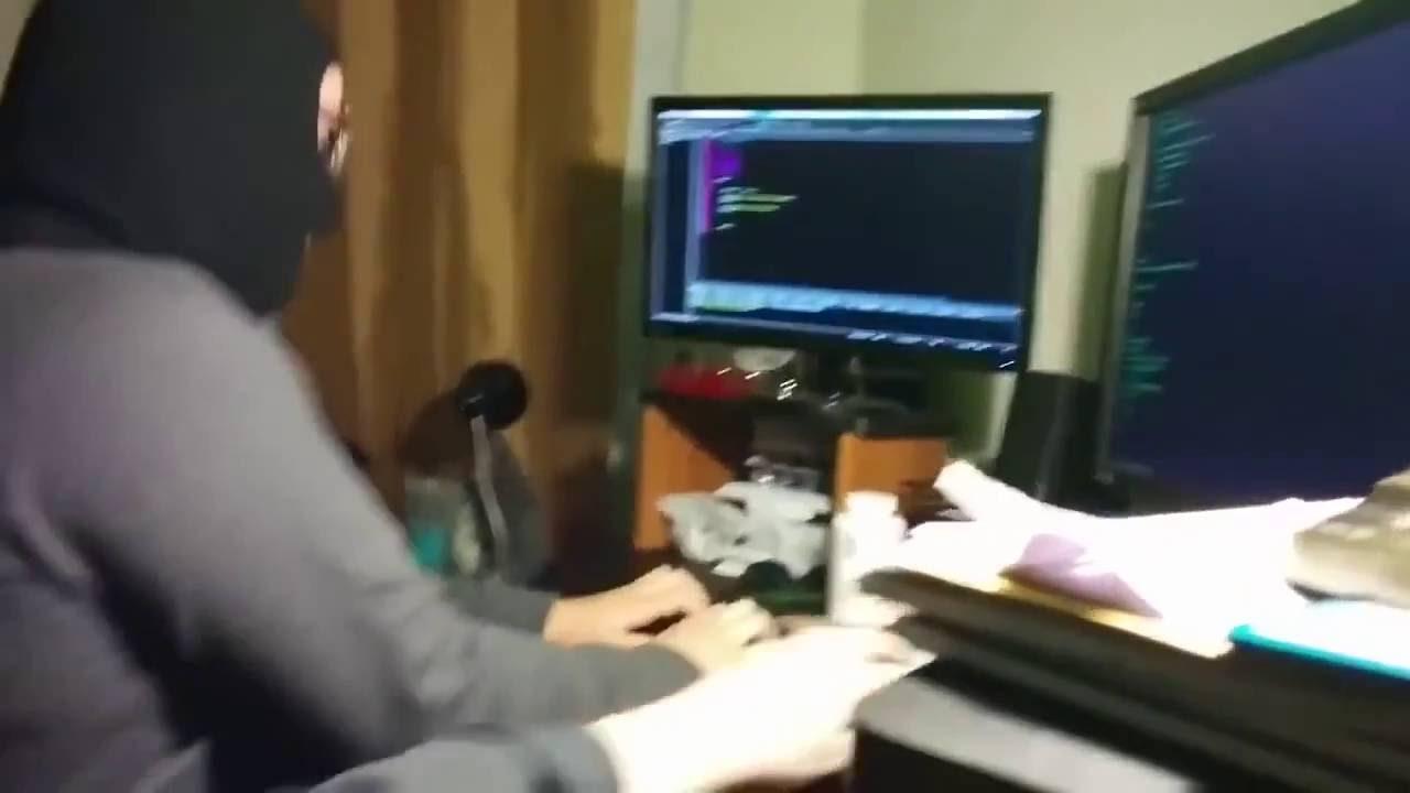 Look Like A Movie Hacker | Hackaday