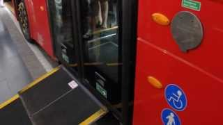 NB4L Borismaster LT3 (LT61 CHT) in Singapore -  Wheelchair Ramp Demonstration [HD]