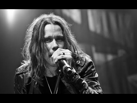 Sweet Child O' Mine – Axl Rose vs Myles Kennedy