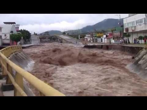 Rio Desbordado Mal Clima Causa Muerte Chilpancingo Colapsado Impresionante Videos La Fuerza 1