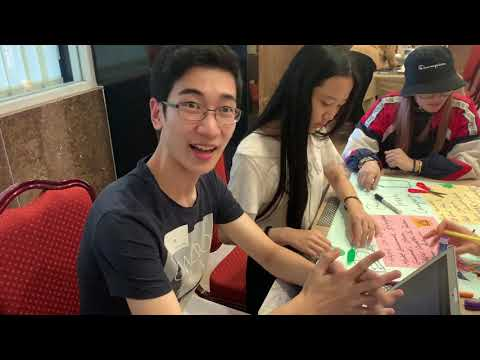 Interns form The University of Hong Kong (Breakup with trash campaign)