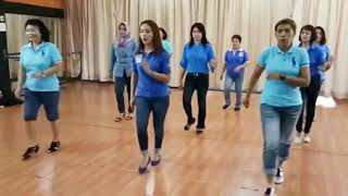 OVER THE RAINBOW - linedance by Gaye Teather