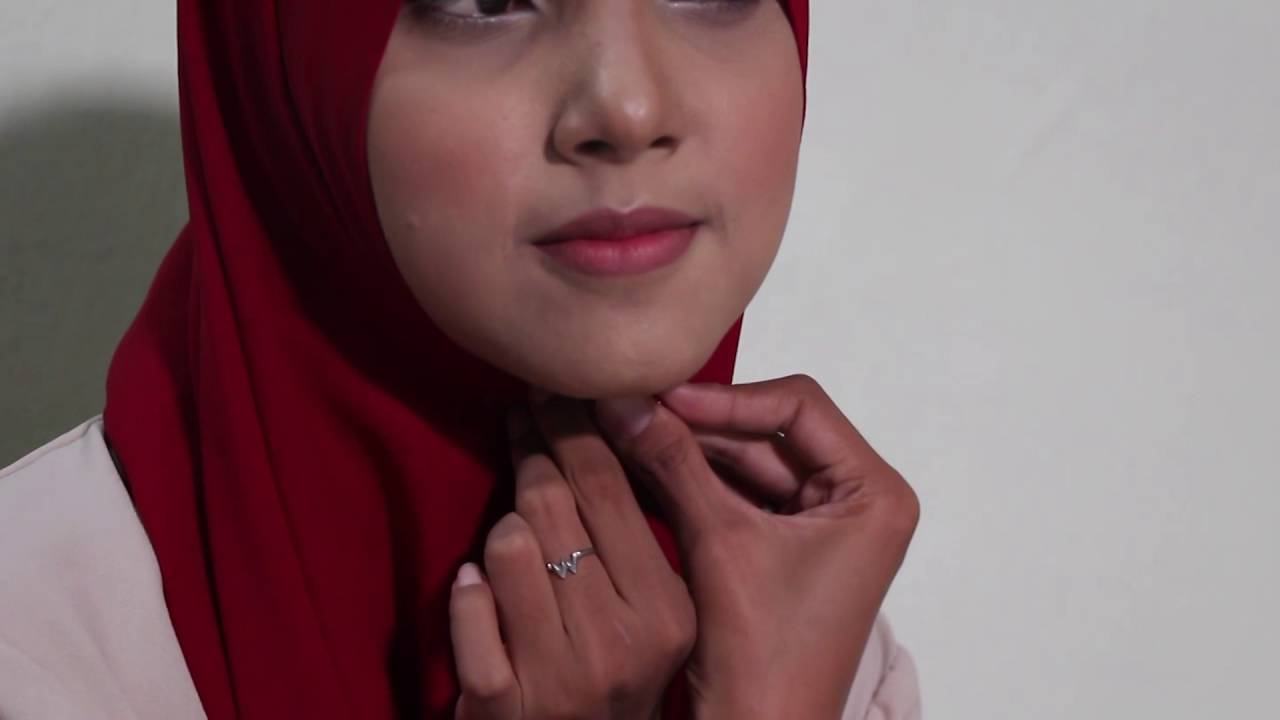 10 Tutorial Jilbab Pashmina By Hijabeer Diamond Italiano YouTube