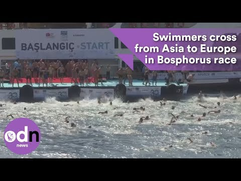 Swimmers cross from Asia to Europe in Bosphorus race