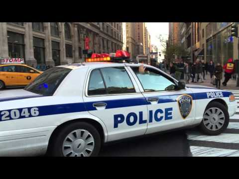 RARE CATCH OF NY & NJ PORT AUTHORITY CROWN VICTORIA POLICE INTERCEPTOR RESPONDING IN MANHATTAN.