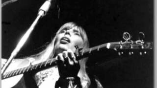 Joni Mitchell live at Red Rocks 1983 raised on robbery