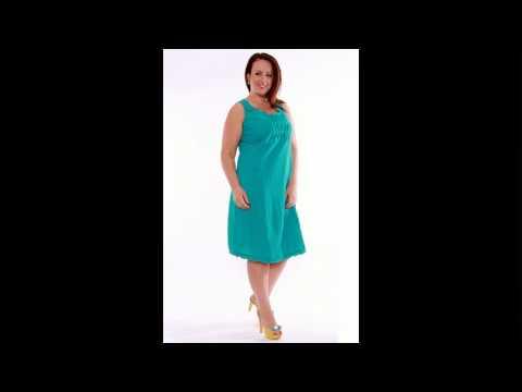 Белое платье макси без рукавов. Модель двойка: короткое платье на бретелях и длинная накидка на пуговицах. Изготовлено из легкого шифона. Купить летнее платье недорого в интернет-магазине.