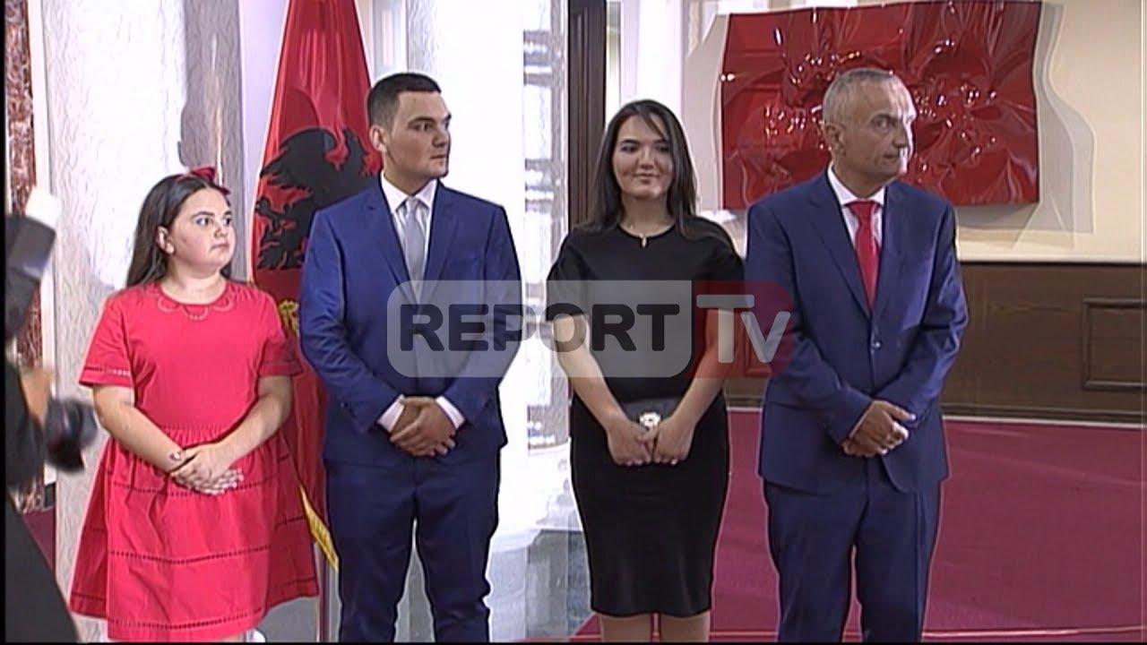 Report TV - Ilir Meta pa bashkëshorten në Presidencë, vajza Zonja ...