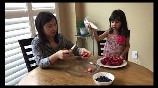 Món tráng miệng với dâu tây và việt quất // Cuộc Sống Canada--Vợ Việt Chồng Tay