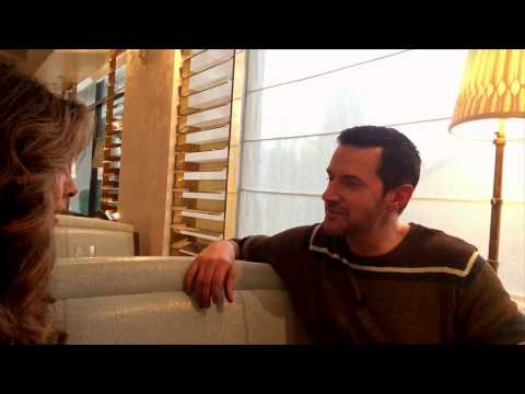 "Richard Armitage  Part 2 ""Armitage iChat"" EXCLUSIVE with Marlise Boland"