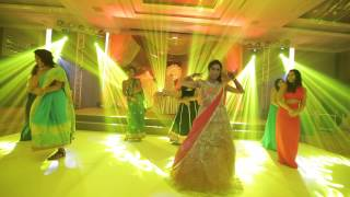 Bride and Bridesmaids Dance Performance in Indian Wedding