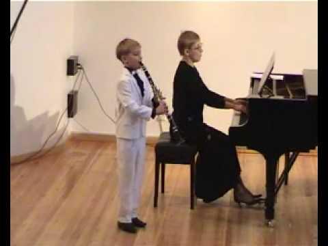clarinet Sergey Zaporozhets - Milhaud Petit Concer...