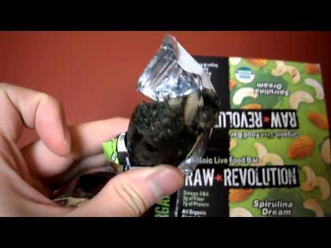 Review Raw Revolution Organic Live Food Bar Spirulina Dream Gluten Free Omega 3 protein Gluten free