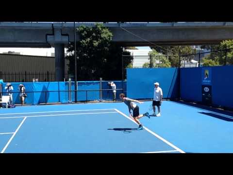 Andy Murray Australian Open 2014 Serves on the Practice Courts in Slow Motion and High Definition
