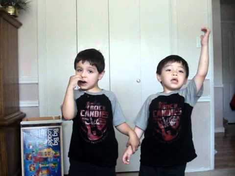 the litle Tenors singing oh sole mio