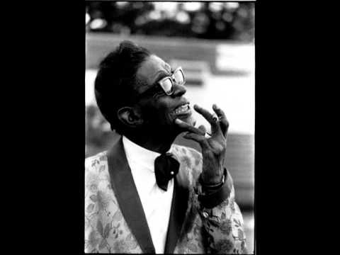 Movin on out boogie - Lightning Hopkins