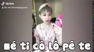 Trần My đọc tiếng Pháp  pa ra bẻn