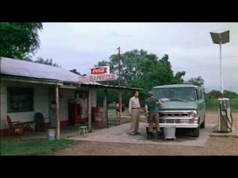 Texas chainsaw massacre gas station scene