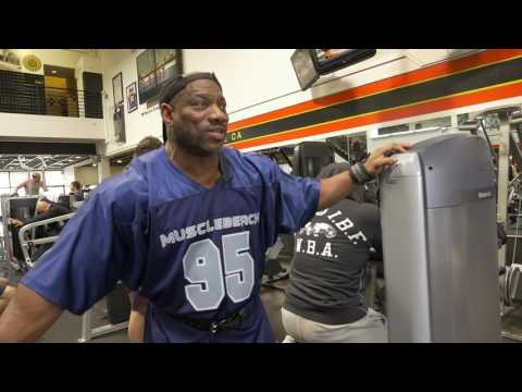 Dexter Jackson At The Mecca Golds Gym Before LA Fit Expo