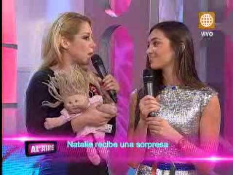 Natalie Vértiz fue sorprendida por su pequeña hermana en 'Al Aire'