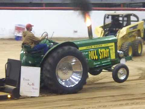 Tractor Pull John Deere 820 Youtube