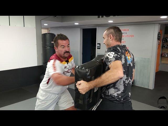 Coach John Gives Nova Of #novameets A Krav Maga Intro Lesson & A Little Extra 🤼♂️ and 🥊