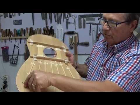 CANAL SEVILLA RADIO - ANDRES DOMINGUEZ - CONSTRUCTOR DE GUITARRAS  - PARTE II