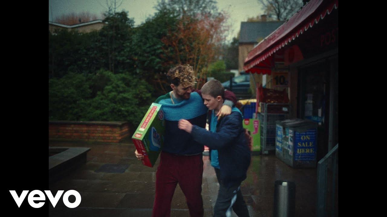 Tom Grennan - Little Bit of Love (Official Video)
