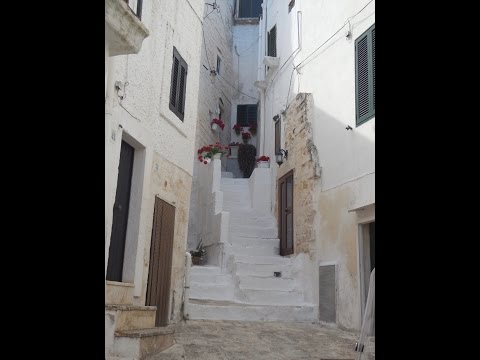 Visit and Tour the White City of Ostuni, Italy