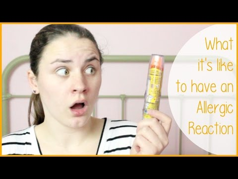 WHAT IT'S LIKE TO HAVE AN ALLERGIC REACTION & STORYTIME | Alexa's DIY Life