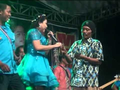 Monata live in Srabi Barat Modung oktober 2015