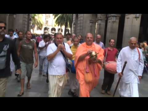 Jayapataka Swami - Harinama in Barcelona 2007 - Part 1/4
