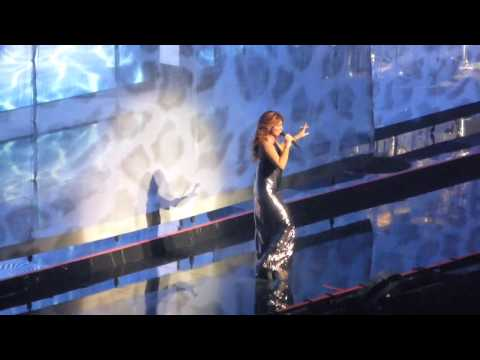 Shania Twain - Don't Be Stupid/That Don't Impress Me Much (Live in Montreal)