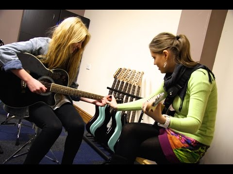 How to Play Guitar - Yamaha Music School - Frisco Plano TX