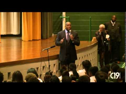 "Earvin ""Magic"" Johnson Adopts BTW, Creates Scholarship Fund for Students"