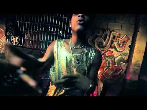 QUIMICO ULTRA MEGA - TIENEN QUE DAME BANDA (Video Oficial)