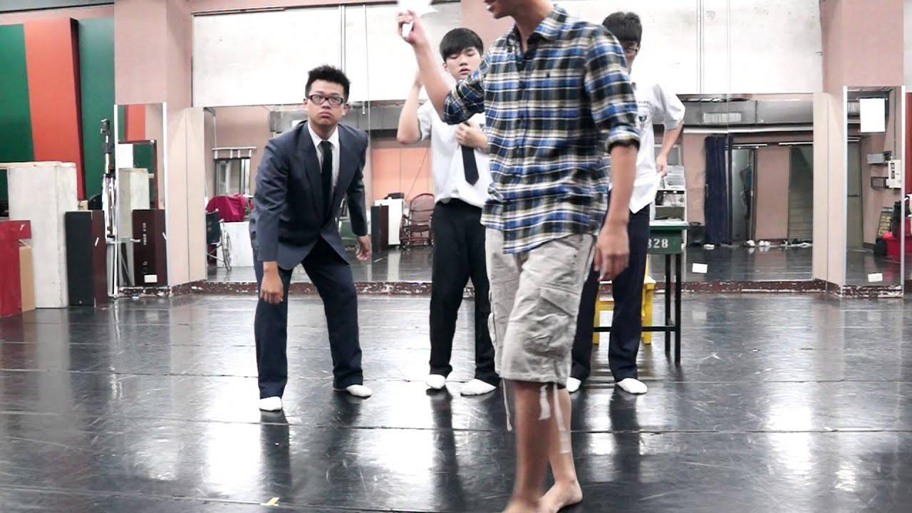 華岡藝校戲劇科學生小品《喜怒哀樂》 - YouTube