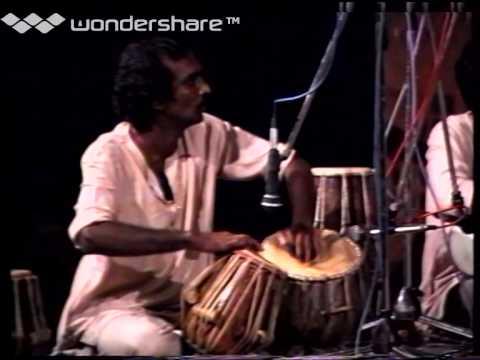 Kaakaa Kaakaa Mai Kondaa! - M.S.Rajeswari with ApSaRas
