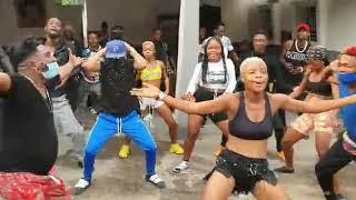 Robinio Mundibu la nouvelle danse arrive bientôt