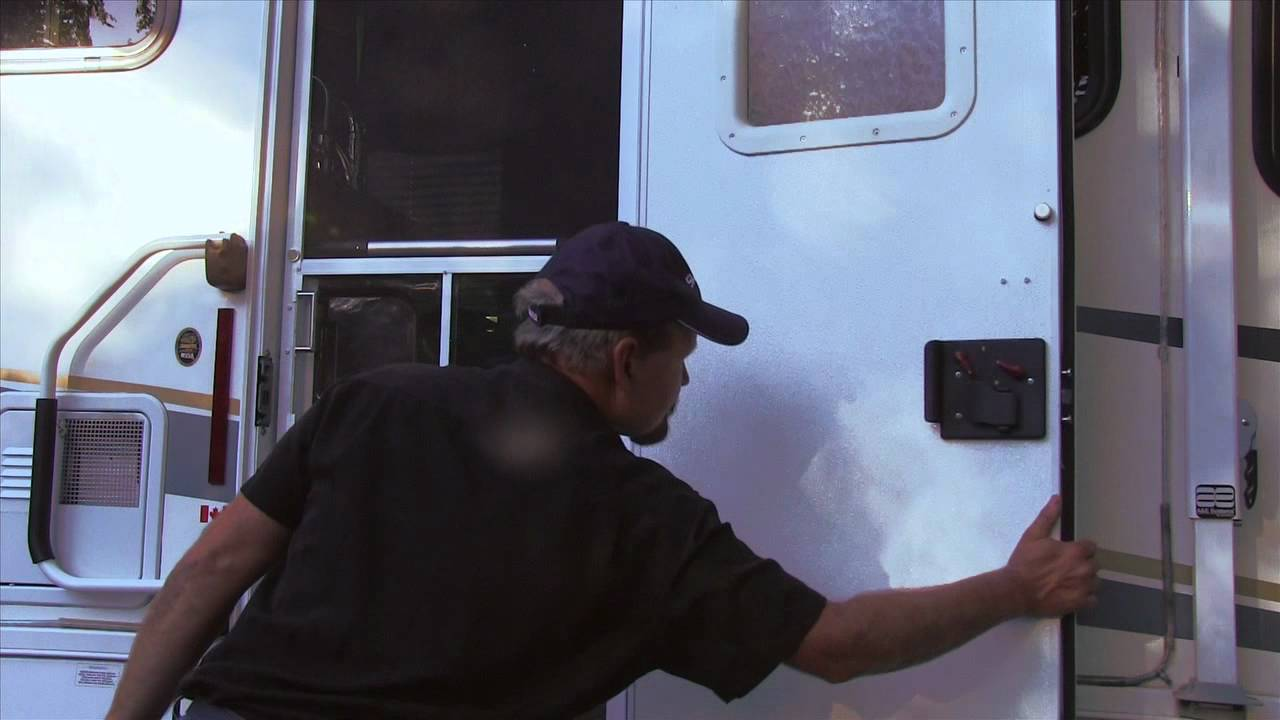 Rv Doors Kinda Suck Youtube